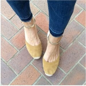 Kanna Siena Taupe Suede Closed Toe Wedges